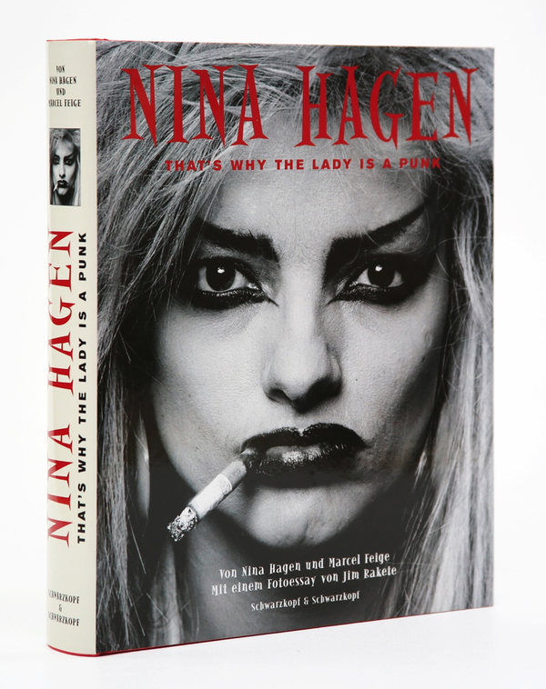 NINA HAGEN: THAT'S WHY THE LADY IS A PUNK – HANDSIGNIERT VON NINA HAGEN!